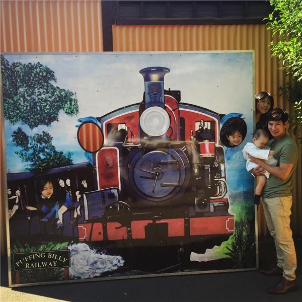 Chuyến tàu đường sắt Puffing Billy là một trong những nơi Lý Hải tham quan. - Tin sao Viet - Tin tuc sao Viet - Scandal sao Viet - Tin tuc cua Sao - Tin cua Sao