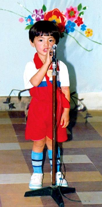 Với ngoại hình sáng cùngtố chất nghệ sĩ, giọng ca Cause I Love Youđã bộc lộ khả năng ca hát của mình từ thuở bé. - Tin sao Viet - Tin tuc sao Viet - Scandal sao Viet - Tin tuc cua Sao - Tin cua Sao