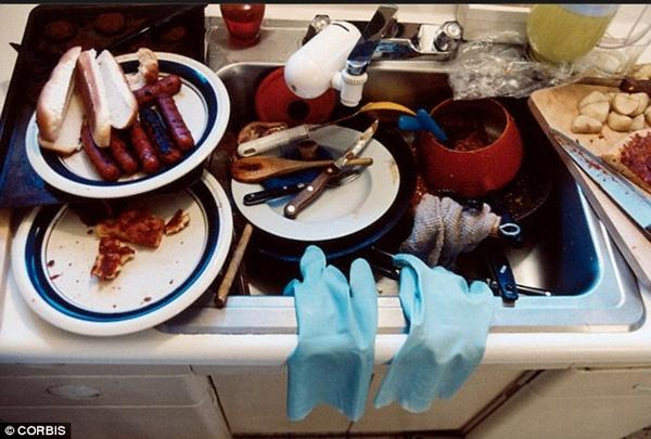 """Vi khuẩn đáng sợ trong nhà là những """"kẻ giết người thầm lặng""""."""