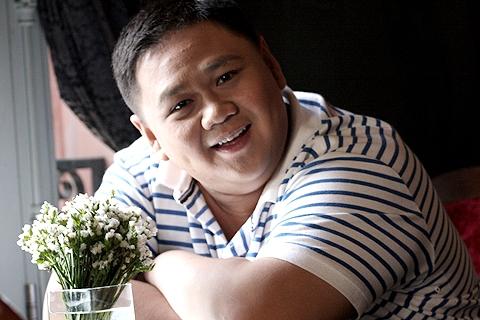 Đêm 28/03, thông tin về việc nghệ sĩ hài Minh Béo bị bắt tại Mỹ vì tội quấy rối tình dục trẻ em lan truyền chóng mặt trên mạng. (Ảnh: Internet)