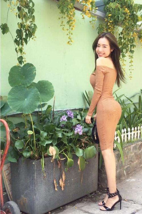 """Elly Trần khéo léo """"phản pháo"""" tin đồn nâng cấp vòng 3 với bikini - Tin sao Viet - Tin tuc sao Viet - Scandal sao Viet - Tin tuc cua Sao - Tin cua Sao"""
