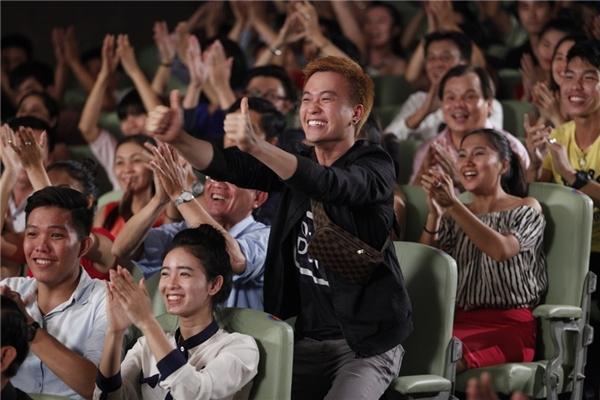 Theo đúng dự kiến của Lương Mạnh Hải, dự án tiếp theo của anh là bộ phim về chủ đề đồng tính Yêu một người hơn cả sinh mệnh (phần 2 của Hotboy nổi loạn) có thể sẽ bấm máy cuối tháng 6 hoặc đầu tháng 7. - Tin sao Viet - Tin tuc sao Viet - Scandal sao Viet - Tin tuc cua Sao - Tin cua Sao