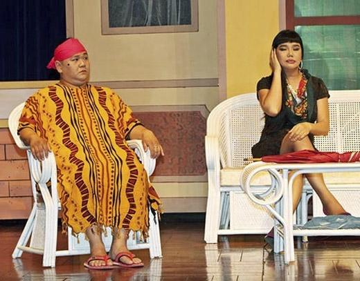 Minh Béo trên sân khấu kịch do chính anh đầu tư. Ảnh: Tuấn Nguyễn - Tin sao Viet - Tin tuc sao Viet - Scandal sao Viet - Tin tuc cua Sao - Tin cua Sao