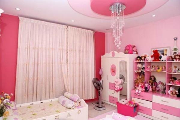 Tương tự, ca sĩ Mỹ Lệ không tiếc tiền trang trí phòng ngủ xinh xắn cho hai chị em Misa - Misu theo phong cách công chúa. - Tin sao Viet - Tin tuc sao Viet - Scandal sao Viet - Tin tuc cua Sao - Tin cua Sao