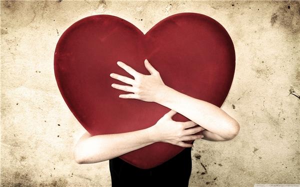 Dù bạn có nhiều tiền đến mấy, bạn cũng không thể nào dùng nó để trao đổi cái gọi là yêu thương.(Ảnh: Internet)