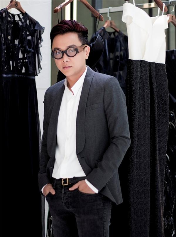 Công Trí sẽ là người mở màn Tuần lễ Thời trang Quốc tế Việt Nam 2016.