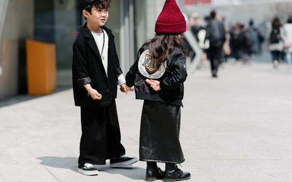 Những đứa trẻ sành điệu ở tuần lễ thời trang Seoul.