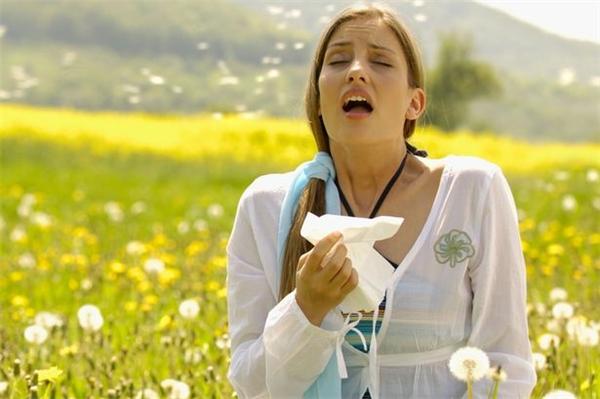 Dị ứng là một trong những nguyên nhân gây chảy máu mũi.(Ảnh: Internet)