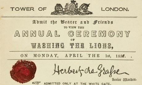 Lá thư mời đến Lễ hội tắm sư tử trong trò đùa ngày 1/4/1856. Ảnh: Guardian