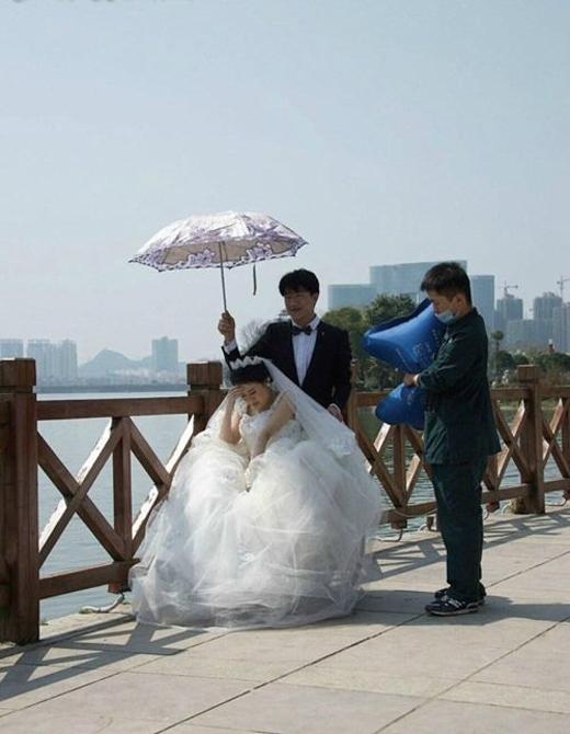 Ảnh cưới của cô gái mắc bệnh hiểm nghèo trước khi qua đời