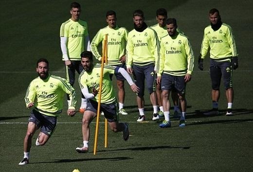Dàn sao Real nỗ lực tập luyện với quyết tâm trả món nợ thua 0-4 trước Barca ở trận lượt đi. (Ảnh: Internet)