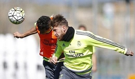 Tương tự hậu vệ người Brazil, đội trưởng Sergio Ramos cũng bỏ ngỏ khả năng ra sân vì chấn thương trong trận giao hữu giữa Tây Ban Nha và Italia. (Ảnh: Internet)