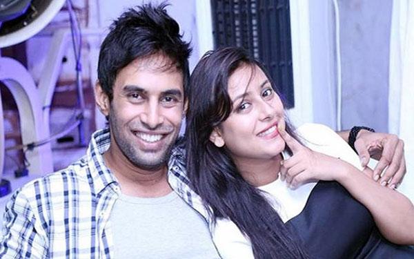 Những khoảnh khắc hạnh phúc của Pratyusha và Rahul khi cô còn sống. (Ảnh: Internet)