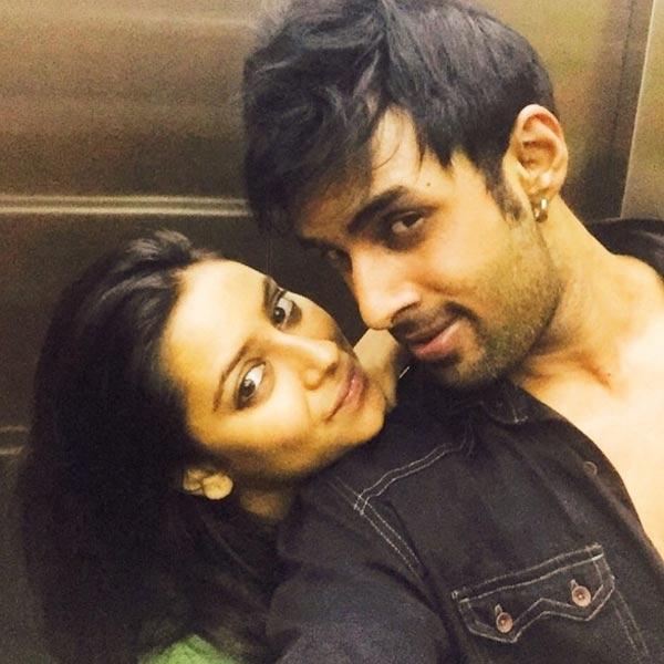 Trước lúc Pratyusha tự tử, cô và Rahul đang hẹn hò và chung sống với nhau. (Ảnh: Internet)