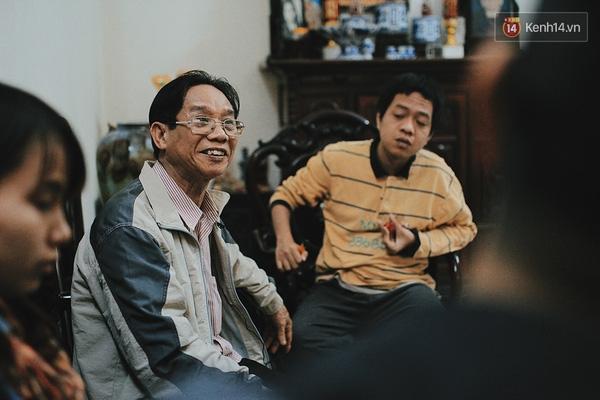 Ông Nguyễn Văn Bình - người cha đưa con đi chữa trị khắp nơi suốt 26 năm.