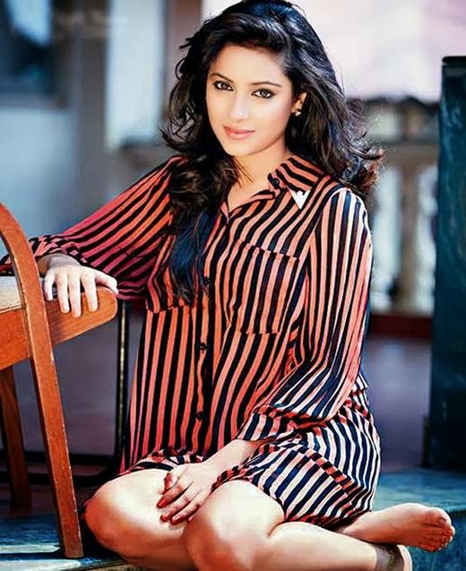 Nữ diễn viên trẻ tài năng, xinh đẹp Pratyusha Banerjee(Ảnh: Internet)