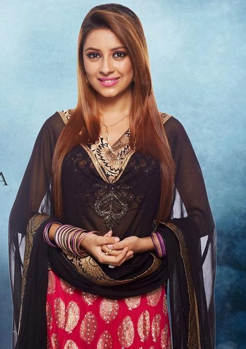 Pratyusha Banerjee sở hữu vẻ đẹp lôi cuốn cùng ánh mắt 'biết nói' thu hút mọi ánh nhìn.