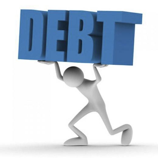 Nói về những khoản nợ với bạn bè là một nguyên nhân vô hình tạo ra sự cách biệt trong mối quan hệ giữa đôi bên. (Ảnh: Internet)