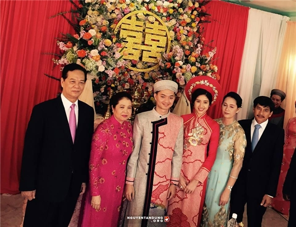 """""""Siêu"""" đám cưới lâu đài Lan Khoa Khuê nhanh chóng được so sánhvới lễ thành hôn của con trai út Thủ tướng Nguyễn Tấn Dũng.(Ảnh: Internet)"""