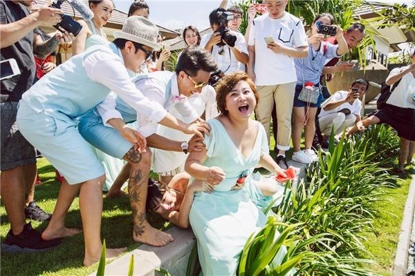 Những vụ tai tiếng sau đám cưới khiến sao Hoa ngữ ngượng đỏ mặt