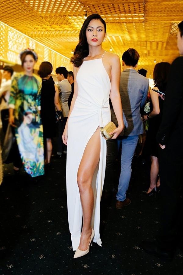 Mâu Thanh Thủy từng giành giải quán quân Việt Nam next top Model 2013. Ngay sau đó cô trở thành gương mặt được công chúng yêu mến. - Tin sao Viet - Tin tuc sao Viet - Scandal sao Viet - Tin tuc cua Sao - Tin cua Sao