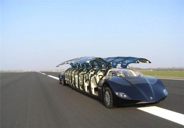 Chiếc xe này chạy trên các siêu làn được sưởi ấm bằng địa nhiệt để ngăn chặn đóng băng trong mùa đông.