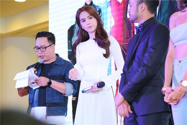 Ngọc Trinh rưng rưng nước mắt khi chia sẻ về vai diễn đầu tiên trong sự nghiệp điện ảnh.