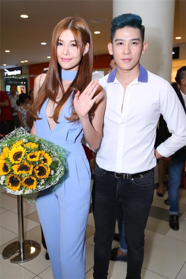 Người mẫu Kỳ Hân và siêu mẫu Minh Trung