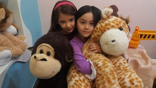 Yoon Da Young của ngày hôm nay là một cô bé dịu dàng và nữ tính hết sức có thể.