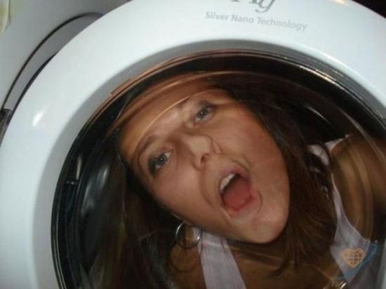Chui vào máy giặt để hưởng thụ cảm giác của các phi hành gia chăng? (Ảnh: Internet)