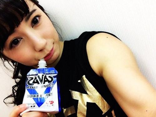 9X nổi tiếng Nhật Bản vì... gương mặt thiên thần, thân hình... đô vật
