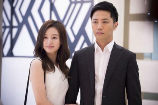 Kim Ji Won và Jin Woo cũng được khán giả yêu mến không kém cặp đôi chính.(Ảnh: Internet)