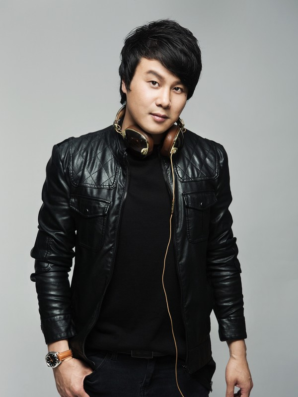 Năm 2013, Thanh Bùi cùng Hiền Thục và vợ chồng nhạc sĩ Hồ Hoài Anh – Lưu Hương Giang góp mặt tại chương trình Giọng hát Việt nhí với vai trò huấn luyện viên. Anh nhận được sự yêu mến từ rất nhiều người hâm mộ bởi phong cách trẻ trung khi hướng dẫn cho các giọng ca nhí.