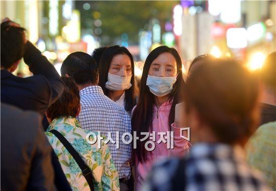Hầu hết đây là những du khách nước ngoài tới Hàn Quốc để chỉnh sửa nhan sắc.