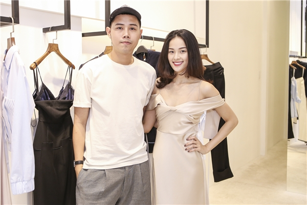 Lâm Gia Khang sinh năm 1990, anh được xem là một trong những nhà thiết kế trẻ tài năng và nổi tiếng nhất ở thời điểm hiện tại. - Tin sao Viet - Tin tuc sao Viet - Scandal sao Viet - Tin tuc cua Sao - Tin cua Sao