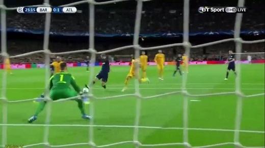 Fernando Torres lại nổ súng khi đối mặt Barcelona