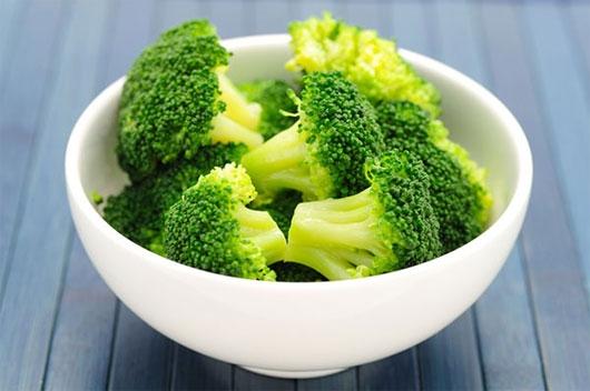 Hàm lượng sắt trong súp lơ xanh sẽ tạo ra một lớp phủ chống axit mỏng trên bề mặt răng. (Ảnh: Internet)