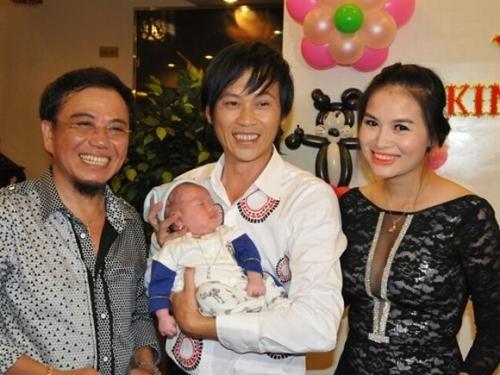. và bé Bu con nghệ sĩ Hồng Tơ đều được Hoài Linh nhận làm con nuôi - Tin sao Viet - Tin tuc sao Viet - Scandal sao Viet - Tin tuc cua Sao - Tin cua Sao