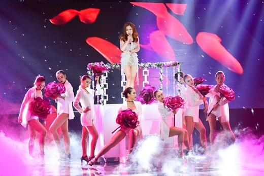 Giọng ca gốc Nghệ An đã có rất nhiều những màn biểu diễn đạt số điểm tuyết đối tại The Remix 2016. (Ảnh: Internet)