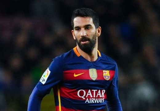 Turan vẫn chưa được ra sân nhiều ở Barca. (Ảnh: Internet)