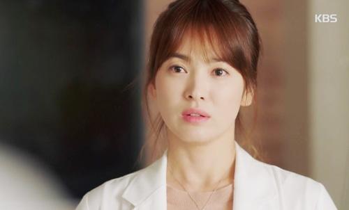 Fan sướng rơn vì cảnh giường chiếu của Song Joong Ki và Song Hye Kyo