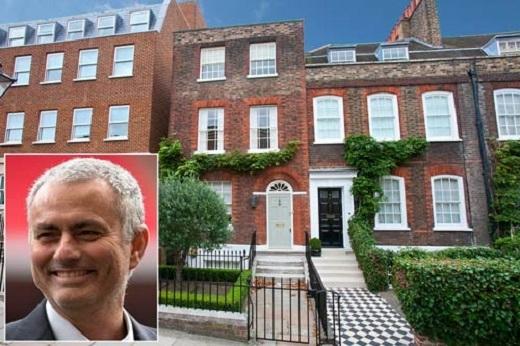 Mourinho muốn sớm có nhà ở Manchester. (Ảnh: Internet)