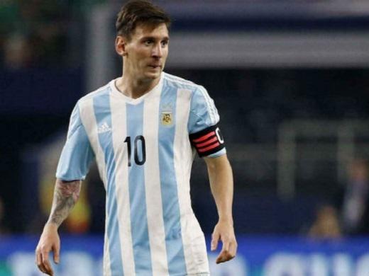 Messi phải hầu tòa đúng ngày Argentina thi đấu. (Ảnh: Internet)