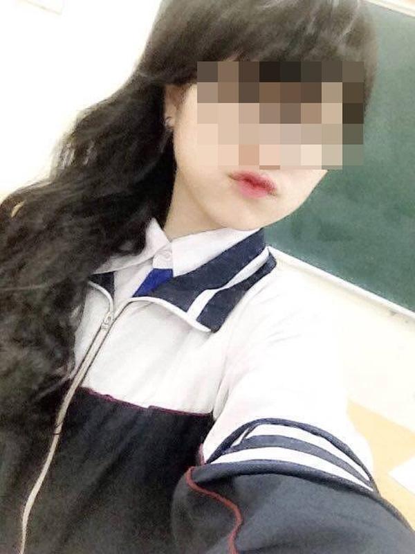 Nữ sinh lớp học 11 rất xinh xắn và có nụ cười tươi (ảnh FB của nạn nhân).