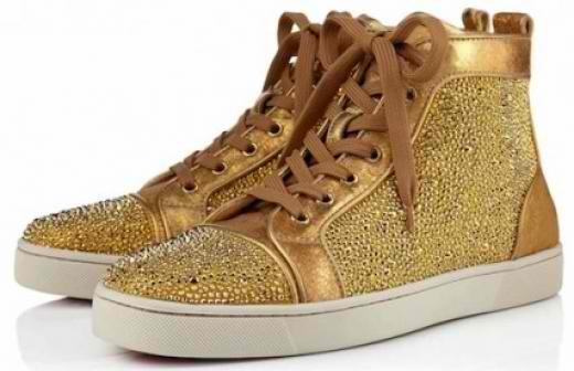 Ít ai biết đôi giày tiết lộ 90% tính cách chủ nhân chúng. (Ảnh: Internet)