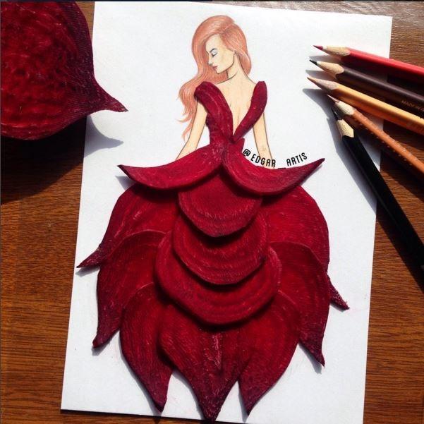 Sắc đỏ rượu nồng nàn, quyến rũ của củ dền kết hợp cùng dáng váy khá cầu kì.