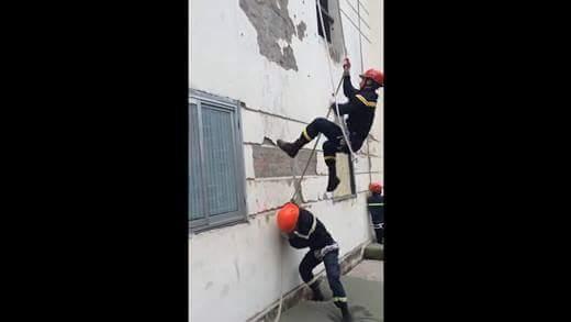 Có ước mơ làm lính cứu hỏa? Hãy coi ngay clip này