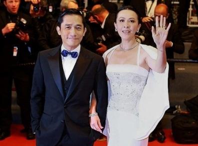Lương Triều Vỹ đã gắn bó hơn 10 năm với Lưu Gia Linh ngay cả khi cô lộ ảnh bị cưỡng bức tập thể.