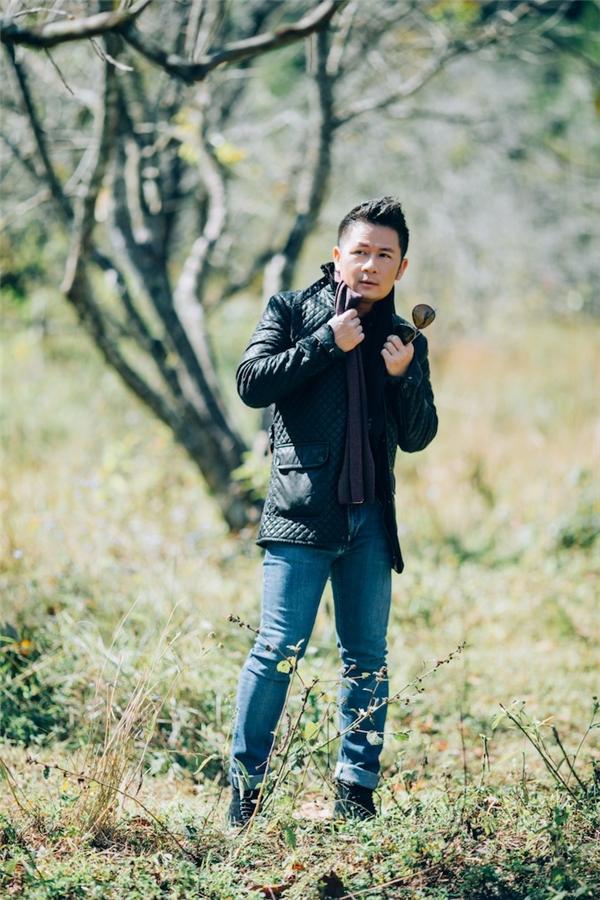 """Bằng Kiều lập """"hợp đồng tác chiến"""" với Thu Minh trên ghế nóng Vietnam Idol"""