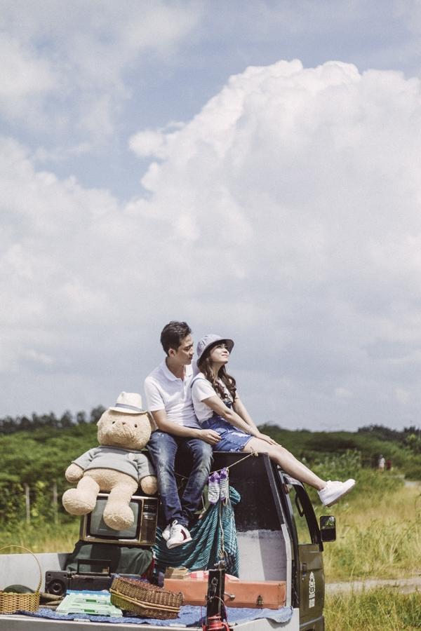 Ảnh cưới 'đưa nhau đi trốn' của cặp đôi 6 năm 'tán', 8 năm yêu